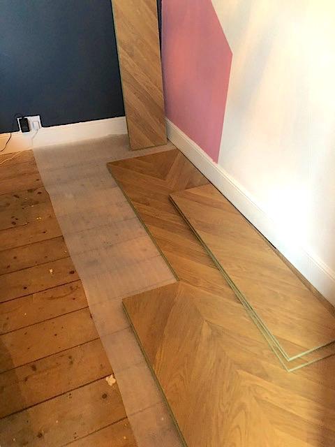 Cheats Herringbone Flooring End Of, Can You Lay Laminate Flooring In A Herringbone Pattern